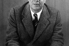 Jorge Luis Borges (Buenos Aires, 24. kolovoza 1899. – Ženeva, 14. lipnja 1986.). Autorica fotografije: Grete Stern.