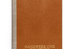 """""""Heimat, Handwerk und die Utopie des Alltäglichen"""" (Hirmer, Switzerland; Uta Hassler, HUBERTUS), the winner of the Golden Letter award at the """"Best Book Design from all over the World"""" competition, organised by the German Book Art Foundation (Stiftung Buchkunst)."""