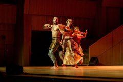"""Kulturna večer uz nastup tradicionalne grčke folklorne plesne grupe """"The Lykeion ton Hellenidon"""" u sklopu Svjetskoga knjižničarskog i informacijskoga kongresa i 85. Generalne skupštine IFLA-e 2019."""
