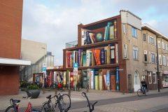 Oslikano pročelje stambene zgrade u Utrechtu. Autor i © Jan Is De Man. Izvor: Instagram.
