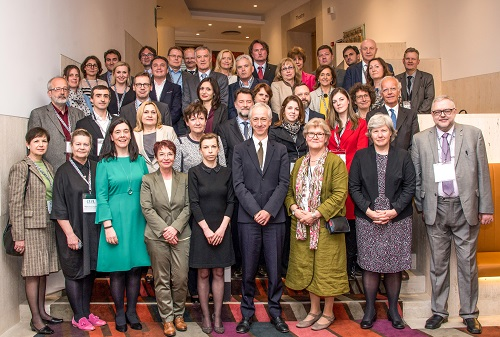 Sudionici 31. sastanka Konferencije ravnatelja europskih nacionalnih knjižnica. Britanska knjižnica, 15. i 16. svibnja 2017. godine.