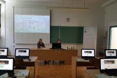 """Djelatnice NSK Mira Bačić i Dolores Vrbanić održale su radionicu pod nazivom """"Elektronički izvori znanstvenih i stručnih informacija"""" na Geotehničkome fakultetu u Varaždinu."""