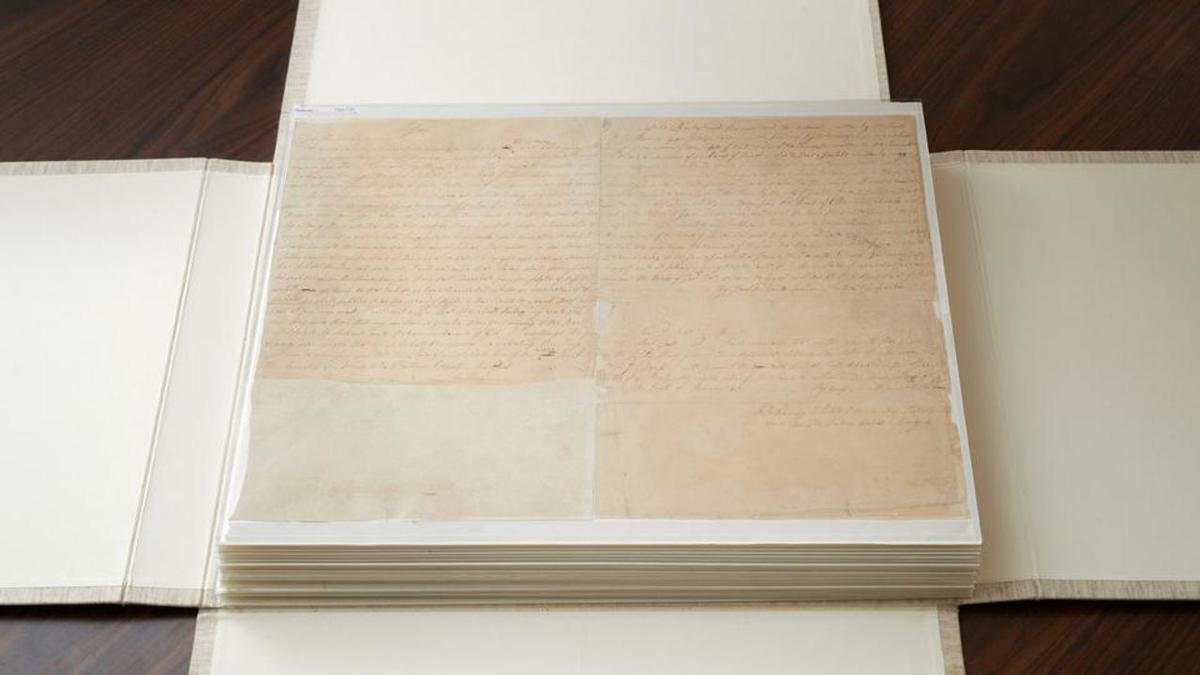 """Prve dvije stranice tiskarovog rukopisa """"Mormonove knjige"""". (izvor: Intellectual Reserve)"""