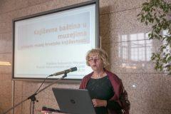 Snježana Radovanlija Mileusnić (Muzejski dokumentacijski centar) na Devetom festivalu hrvatskih digitalizacijskih projekata u Nacionalnoj i sveučilišnoj knjižnici u Zagrebu.