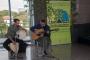 Nenad Kovačić, perkusionist i Ivan Kapec na električnoj gitari na otvorenju Zelenoga festivala – (O)krenimo na zeleno.