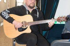 """U glazbenome dijelu programa """"OdrŽive tribine Let's Go Green"""" nastupio je kompozitor i gitarist Ivan Kapec."""