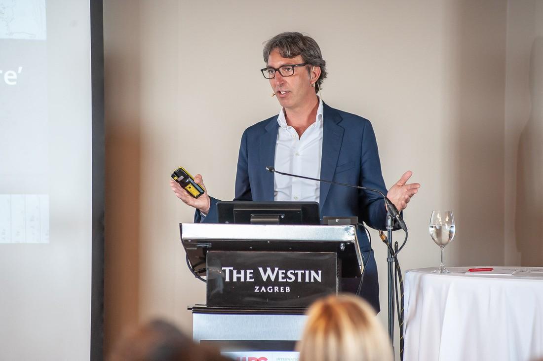 Direktor Europeane Harry Verwayen na Međunarodnoj konferenciji o arhiviranju weba.