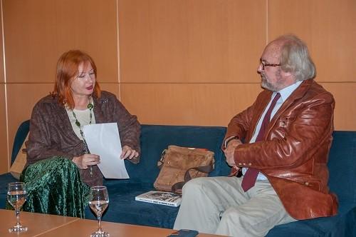 Voditeljca tribine dr. sc. Željka Lovrenčić i spisatelj Vladimir Jakopanec na trideset trećoj iz ciklusa tribina na temu inozemne Croatice.
