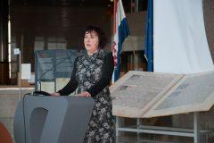 Spisateljica Nena Lončar na završnoj svečanosti Nacionalnoga kviza za poticanje čitanja u NSK.