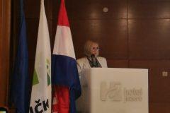 V.d. glavnog ravnatelja Nacionalne i sveučilišne knjižnice u Zagrebu dr. sc. Tatijana Petrić na otvorenju 12. savjetovanja za narodne knjižnice u Republici Hrvatskoj.