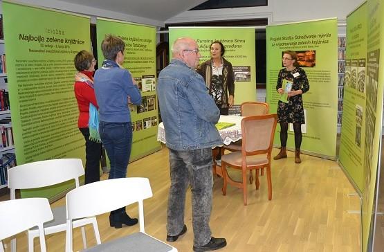 """Otvorena izložba """"Najbolje zelene knjižnice"""" u Knjižnici Franca Ksavra Meška u Ormožu."""