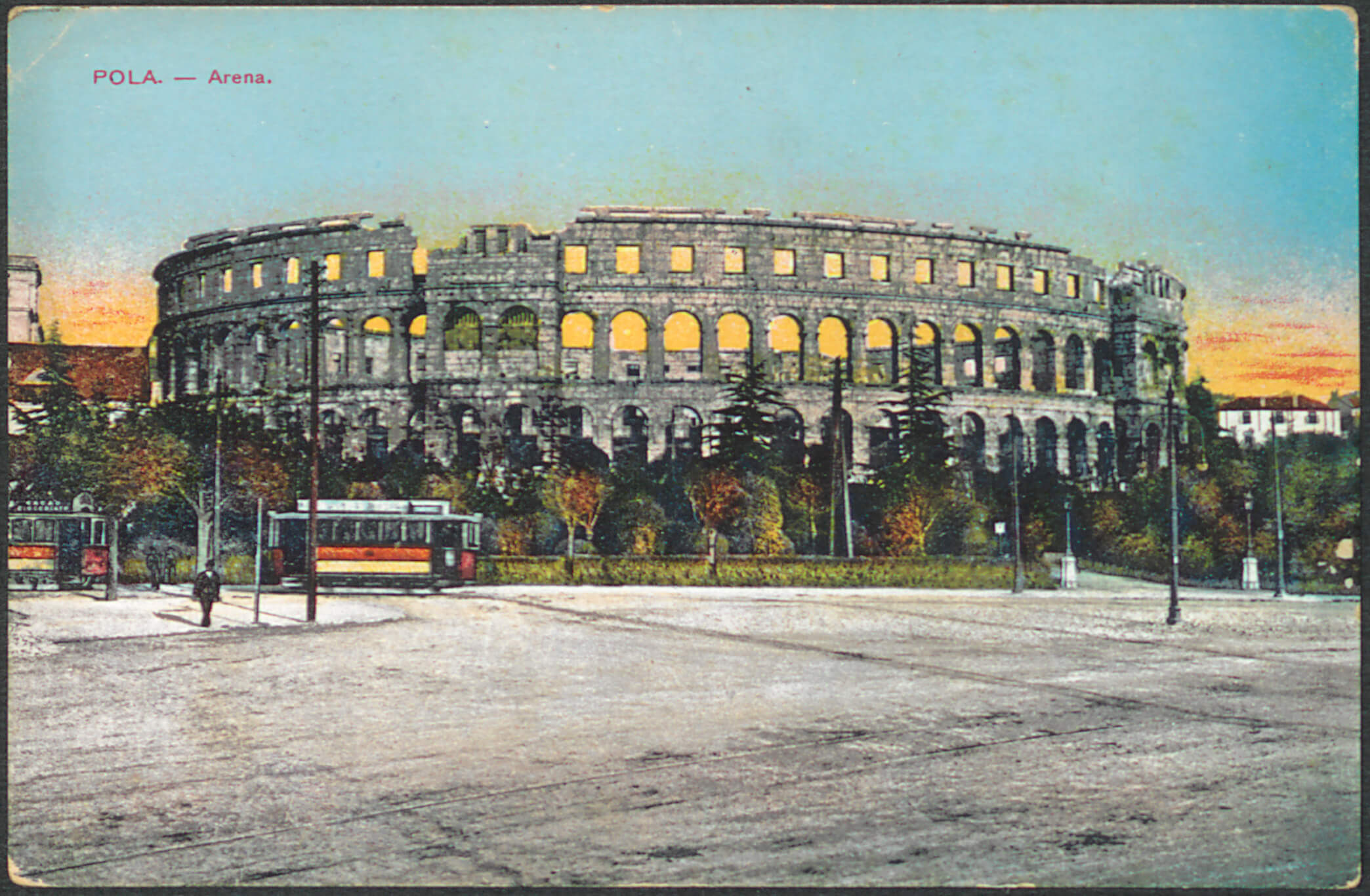 Pula: Amphitheatre (M. Schulz, 1915). Print Collection of the National and University Library in Zagreb.