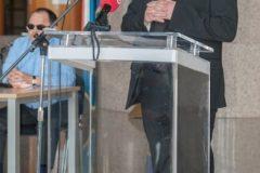 Povjerenik za Pastoral osoba s invaliditetom Varaždinske biskupije vlč. Leonardo Šardi na predstavljanju projekta snimanja Biblije na hrvatski znakovni jezik. Nacionalna i sveučilišna knjižnica u Zagrebu, 23. rujna 2020.