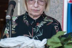 """Autorica osmoga kola bibliofilske edicije """"Riječ i slika"""" Zdenka Pozaić."""