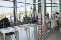 Predstavljanje izdanja Hrvatskoga knjižničarskog društva, Nacionalne i sveučilišne knjižnice u Zagrebu te hrvatskih suvenira na pretkonferenciji CPDWL u NSK 20. kolovoza 2019. godine.