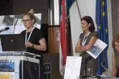 Izlagačice Irena Bekić i Petra Dolanjski Harni (Knjižnice grada Zagreba) na pretkonferenciji CPDWL u NSK 21. kolovoza 2019. godine.