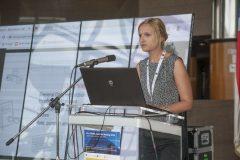 Izlagačica Anita Katulić (Nacionalna i sveučilišna knjižnica u Zagrebu) na pretkonferenciji CPDWL u NSK 21. kolovoza 2019. godine.