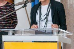 Anita Spevec iz Odjela za djecu i mladež Gradske knjižnice  na završnoj svečanosti Nacionalnoga kviza za poticanje čitanja u Nacionalnoj i sveučilišnoj knjižnici u Zagrebu.