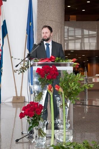 Rukovoditelj Odsjeka Marketing i komunikacije NSK Sandi Antonac, dobitnik Nagrade Nacionalne i sveučilišne knjižnice u Zagrebu za 2018. godinu.