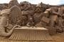 """""""Jumanji"""" pješčana skulptura nastala 2014. u sklopu Izložbe pješčanih skulptura u tematskome parku """"Storyland"""" u Frankstonu u Australiji. Izvor: http://tinyurl.com/qd8b8ye."""