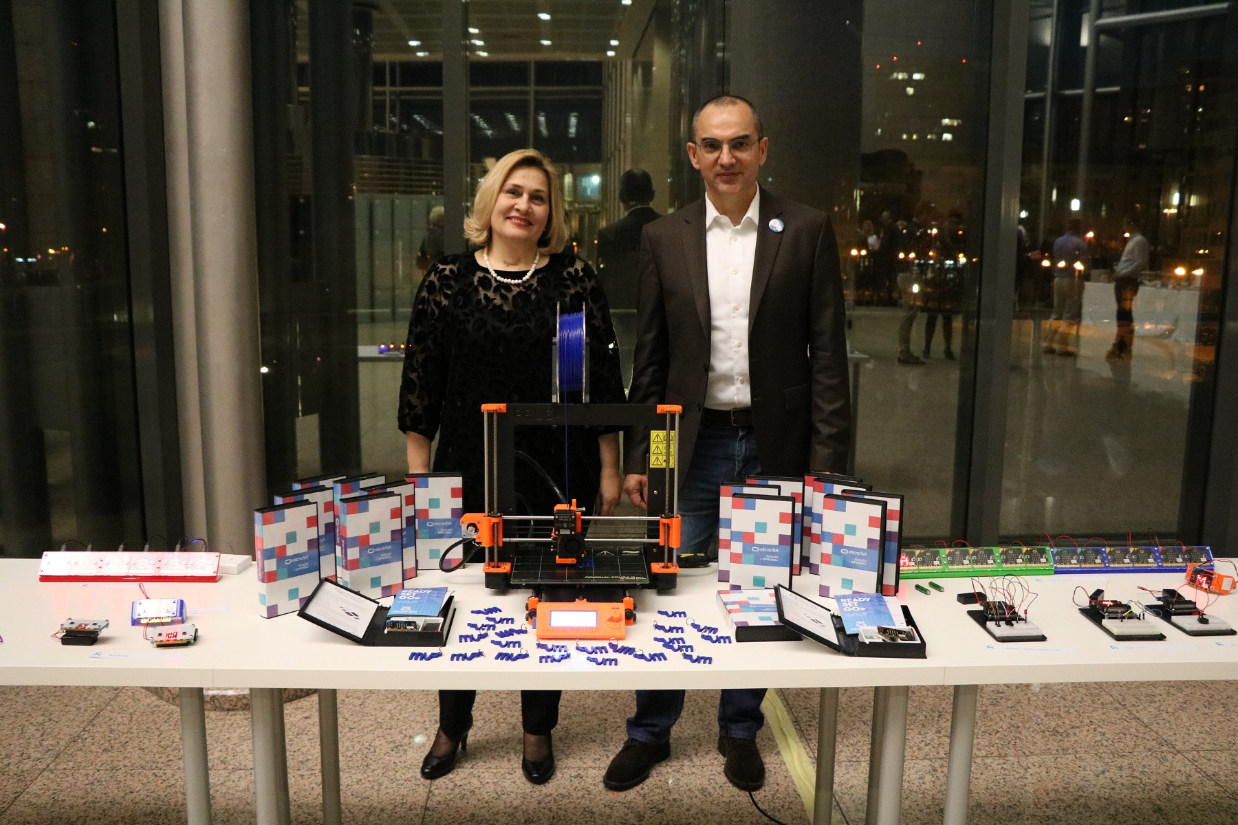 Director General of the National and University Library in Zagreb Tatijana Petrić and Nenad Bakić, the founder of the IRIM Institute, which focuses on the development and growth of innovation among the young population in Croatia.