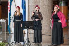 Članice pjevačkoga sastava Trio Zorja na svečanome obilježavanju Dana NSK 2019. godine.