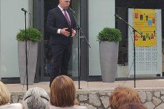 Gradonačelnik Grada Buzeta Siniša Žulić na svečanome otvorenju Mjeseca hrvatske knjige 2019. Gradska knjižnica Buzet, 15. listopada 2019.