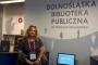 Knjižničarska savjetnica za narodne knjižnice Dunja Marija Gabriel u posjetu Narodnoj knjižnici u Wroclawu.