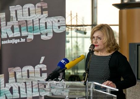 Glavna ravnateljica Nacionalne i sveučilišne knjižnice u Zagrebu dr. sc. Tatijana Petrić na svečanome otvorenju Noći knjige 2017.