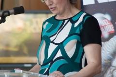 """Voditeljica Nacionalne kampanje """"I ja želim čitati"""" Željka Miščin predstavila je izložbu """"Ugovor iz Marakeša: zašto je važan?!"""" na svečanome otvorenju Noći knjige 2018."""