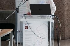 """Voditeljica projekta """"e-Izvori"""" dr. sc. Aleksandra Pikić na radionici """"e-Izvori: iskustva i planovi"""" predstavila je dosadašnja iskustva i planove u provedbi Projekta."""