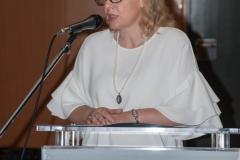 Knjižničarska savjetnica za knjižnični informacijski sustav NSK dr. sc. Dijana Machala na svečanom potpisivanju Sporazuma o suradnji na razvoju i održavanju Hrvatskog nacionalnog skupnog kataloga.