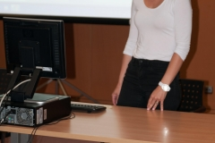 Izlaganje redaktorice normativne baze NSK Petre Pancirov na stručnom programu u sklopu potpisivanja Sporazuma o suradnji na razvoju i održavanju Hrvatskog nacionalnog skupnog kataloga.