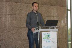 """Bernard Ivčić (Zelena akcija) na 1. međunarodnoj konferenciji o zelenim knjižnicama """"Let's Go Green!"""". Nacionalna i sveučilišna knjižnica u Zagrebu, 8. – 10. studenog 2018."""