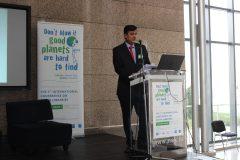 """Chetan Sonawane (KMC College, Khopoli, Indija) na 1. međunarodnoj konferenciji o zelenim knjižnicama """"Let's Go Green!"""". Nacionalna i sveučilišna knjižnica u Zagrebu, 8. – 10. studenog 2018."""
