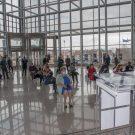 Uzvanici na svečanom otvorenju međunarodne virtualne konferencije Solidarnost u kulturi: zaštita kulturne baštine u kriznim uvjetima u prostoru Nacionalne i sveučilišne knjižnice u Zagrebu